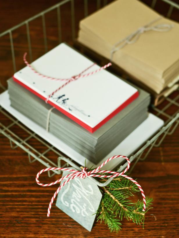 Wire File Baskets-Vintage Christmas Ideas for a Holiday Table Setting