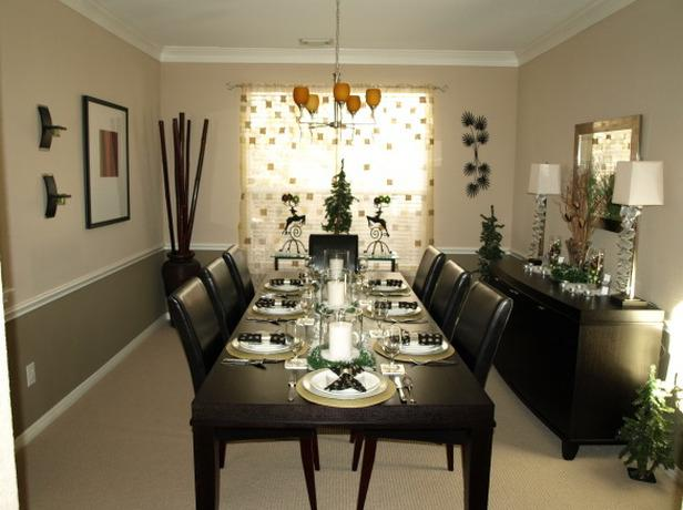 Black and white Christmas dining room interior - 24 Dazzling Settings for a Sparkling Holiday Night