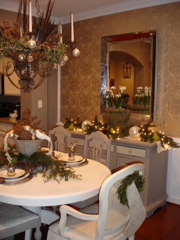 Classic dining room decorated for Christmas Eve - 24 Dazzling Settings for a Sparkling Holiday Night