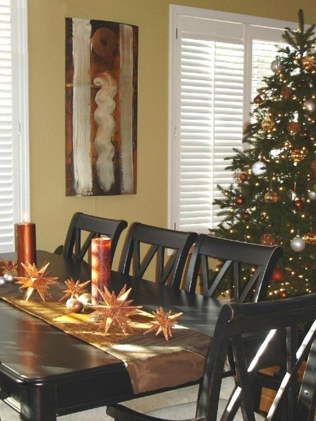 Copper-toned Christmas tablescape  - 24 Dazzling Settings for a Sparkling Holiday Night