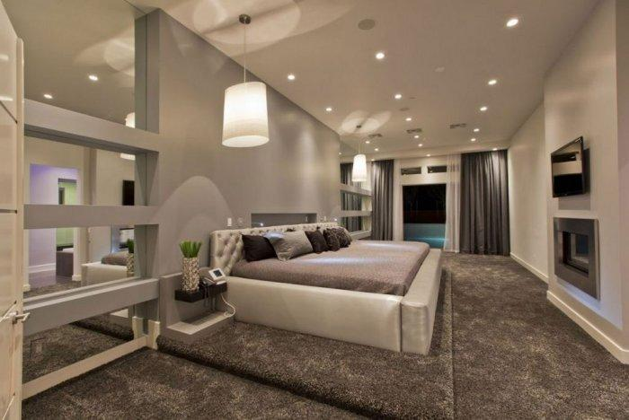 Design Small Urban Apartments with Elaborated Interiors