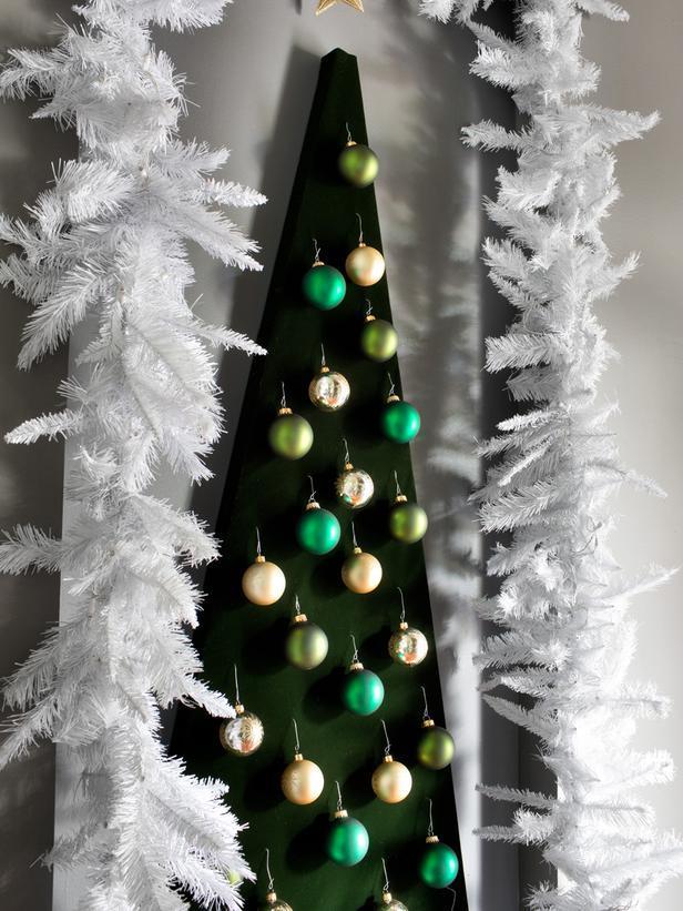 Modern DIY wall-mounted Christmas tree - 10 Splendid and Creative DIY Trees