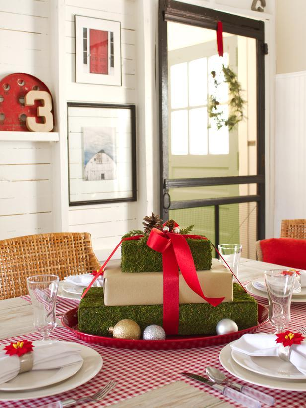 Mossy Gift Box Centerpiece -36 Eye-Catching Ideas for a Holiday Table