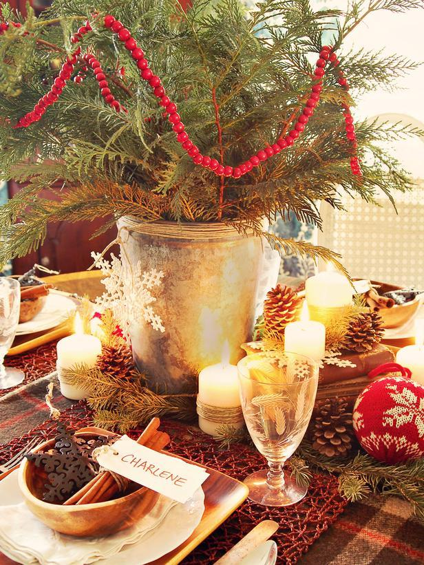 Natural themed branches as a centerpiece - Rustic Christmas Table Ideas