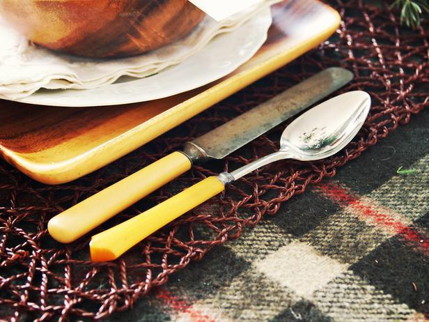 Old vintage silver spoon and knife - Rustic Christmas Table Ideas