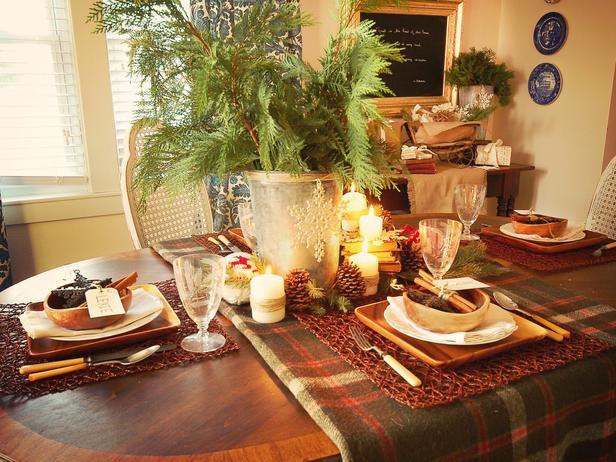 Old vintage wool blanket - Rustic Christmas Table Ideas