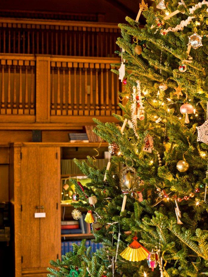 Christmas Decor At Frank Lloyd Wright S Home And Studio