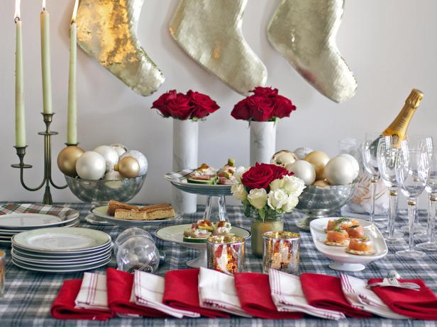 Christmas Table Decoration Ideas for a causal event