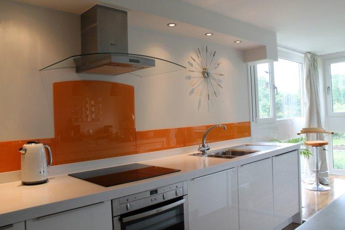 Kitchen Tiles For Splashbacks Bespoke Glass Splashbacks That You Design Yourself Founterior