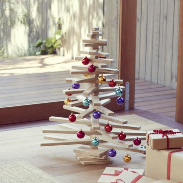 10 Splendid and Creative DIY Alternative Christmas Trees