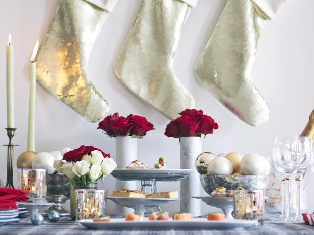 traditional Christmas stockings add a casual look - Table Decoration Ideas