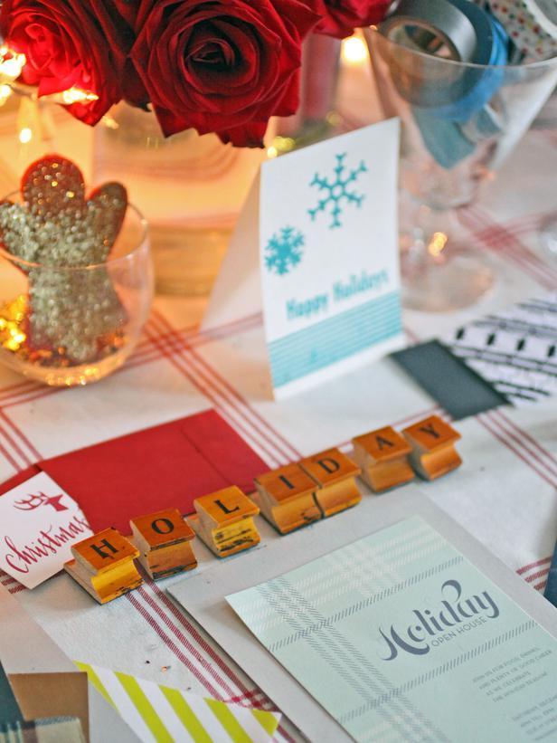Unique vintage scrabble letters - Christmas Table Decoration Ideas