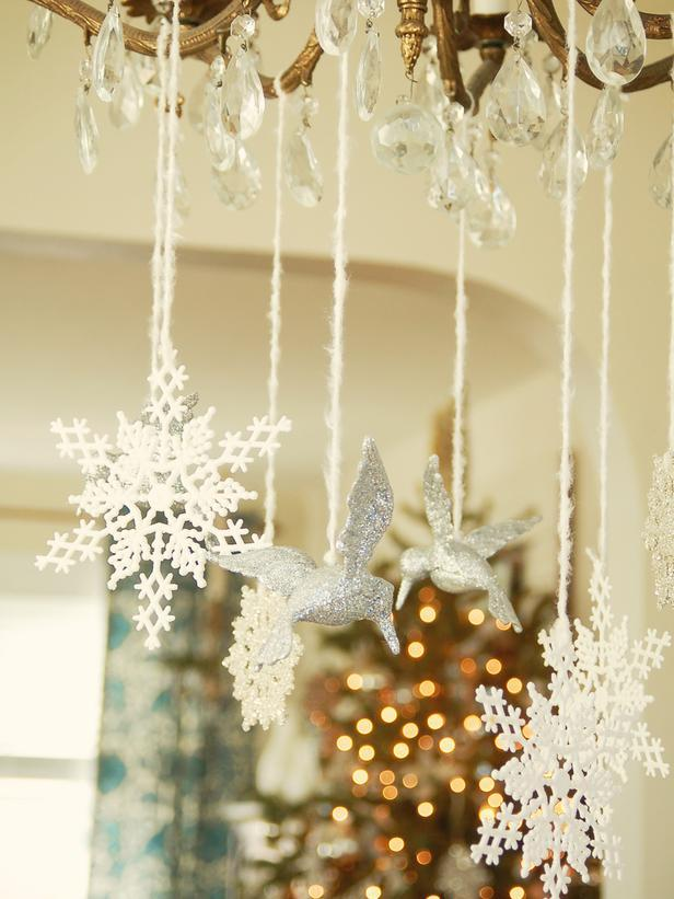 White and silver hanging chandelier decorations - Add an elegant Touch to Your Holiday