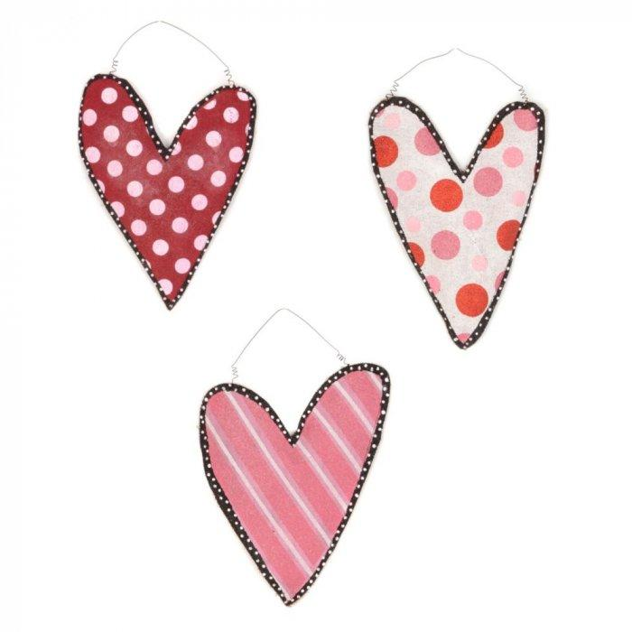 Burlap Heart Wall Hangers -Valentine's Day Items & Ideas for Themed Decoration