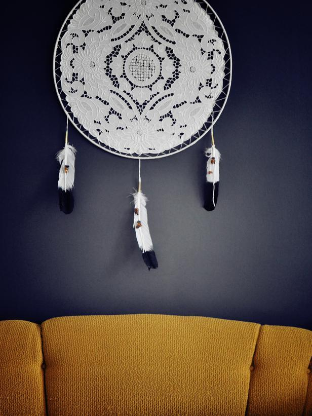 Doily Dream Catcher -Easy DIY Valentine's Day Crafts for Home Decoration