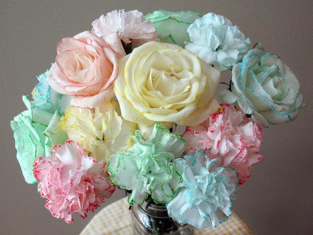 Hand-Dyed Bouquet 0Easy DIY Valentine's Day Crafts for Home Decoration
