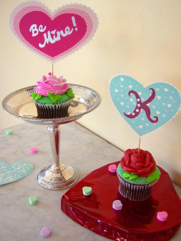 Playful Cupcake Toppers -Easy DIY Valentine's Day Crafts for Home Decoration