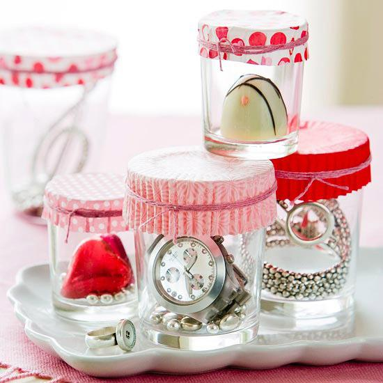 Red-and-White Show-Offs - Easy DIY Handcrafted Valentine's Day Decor