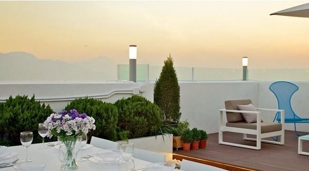Simplicity Rooftop Design