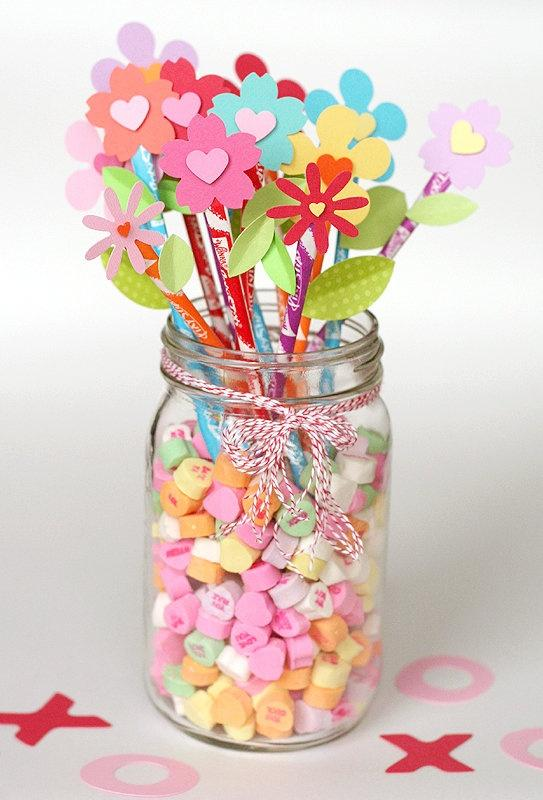 Valentine's jar full of interesting ideas-Home decoration ideas for February 14th