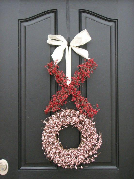 Xo hugs & kisses Valentine wreath-Home decoration ideas for February 14th