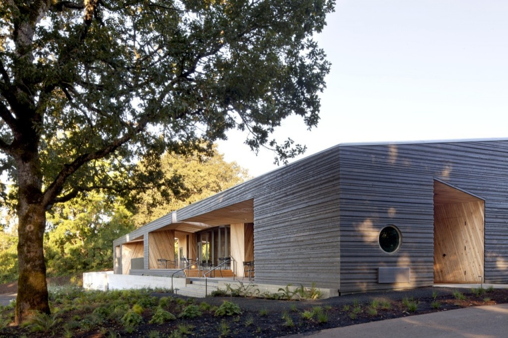 A side view of a modern stylish wine tasting house - Impressive Wooden Building at Dundee Hills