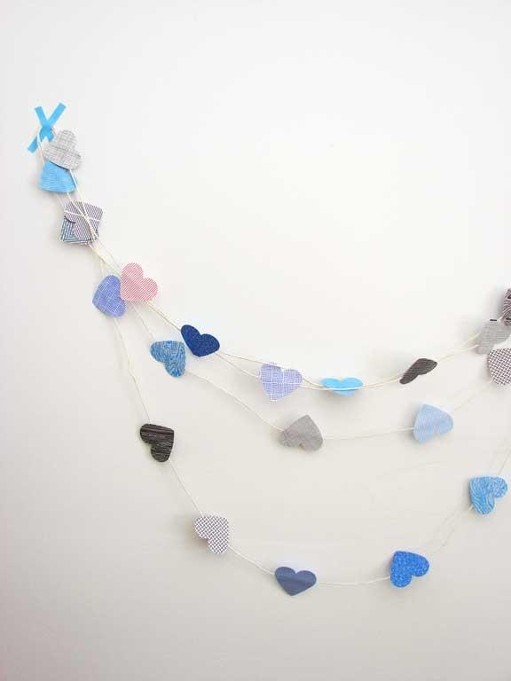 Beautiful love garland made of paper hearts - 50 Creative Home Decorating Ideas