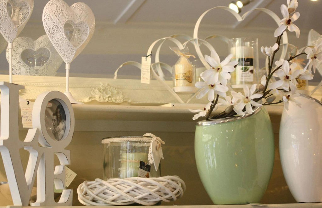 8 Charming decor gift ideas to suit any occasion