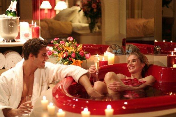 Couple enjoying a romantic Valentine's night - 10 Decorating Ideas For a Sexy Night