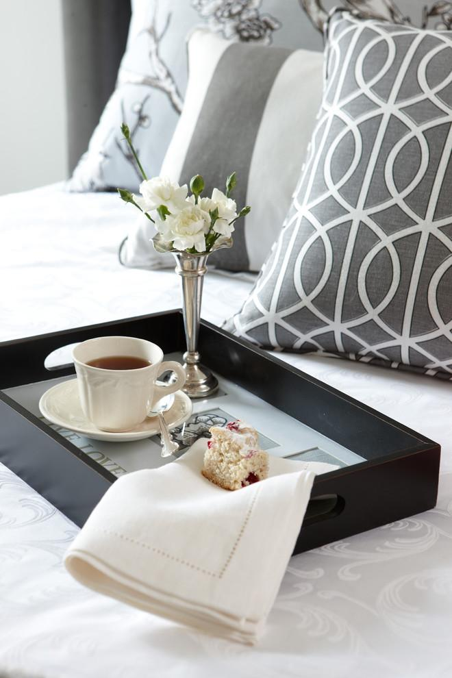 Morning bed breakfast - Create an Atmosphere for Saint Valentine's Day