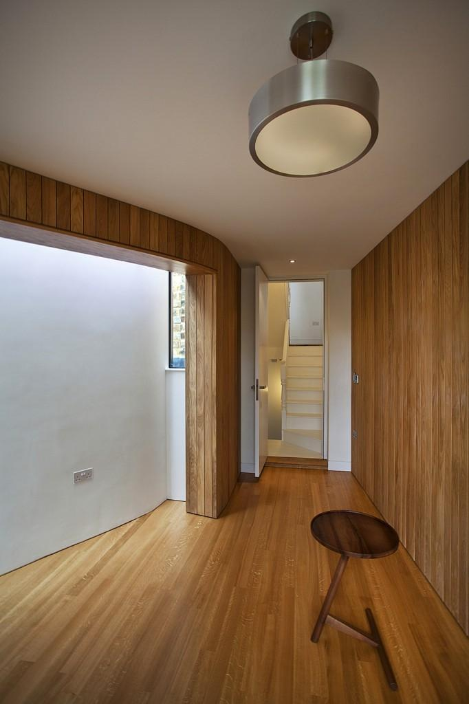 Oak cladding in a Victorian house - A modern look at an Old Home in London