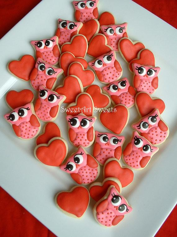 Interesting and Funny Approach to Saint Valentine's Day - Owl Cookies and Hearts Valentine Cookies by SweetArt Sweets