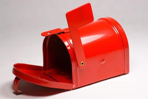 Interesting and Funny Approach to Saint Valentine's Day - Red Miniature Metal Mailbox