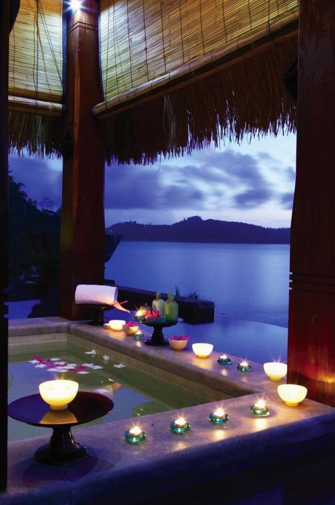 Romantic bathtub with exotic views over a picturesque landscape - 10 Decorating Ideas For a Sexy Night