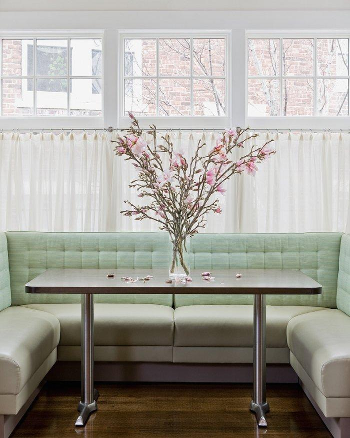 Romantic flowers used for table decoration - Create an Atmosphere for Saint Valentine's Day