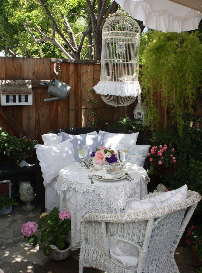 Romantic garden decoration with comfortable furniture - Valentine's Day Ideas and Inspiration