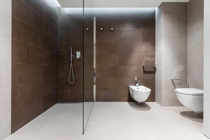 Simple small bathroom minimalist interior design - Stylish and Elegant Apartment in Monaco
