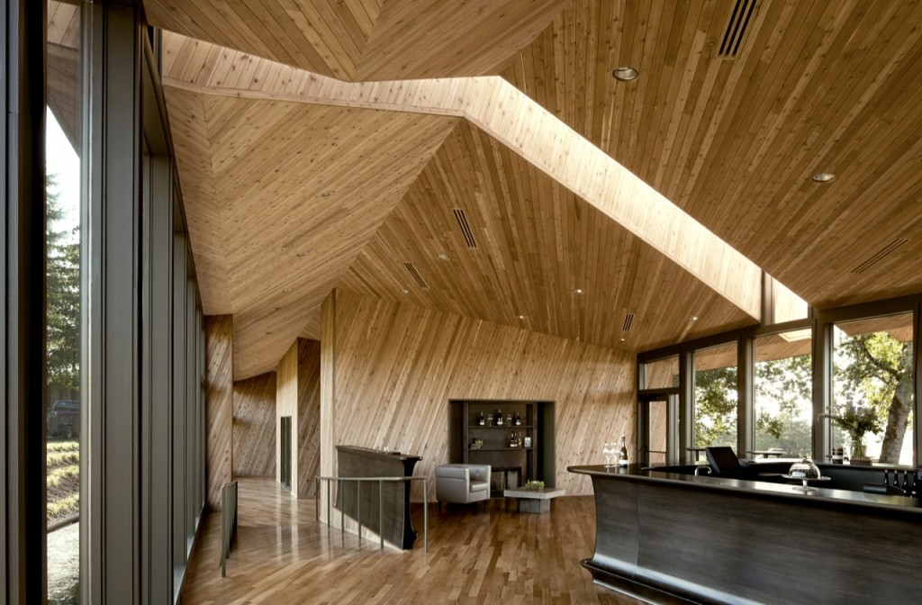 Solid mass sliced wood covered building - Impressive Wooden Construction at Dundee Hills