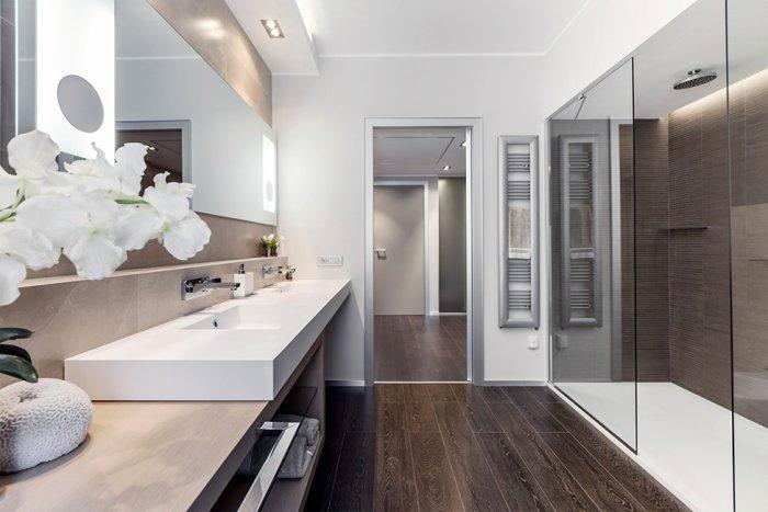 Spacious and luxurious bathroom design with huge glass sliding doors - Stylish and Elegant Apartment in Monaco