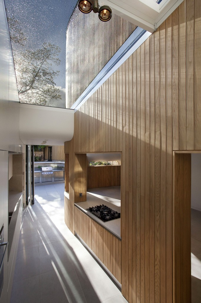 The architecture of an ultra modern Victorian house - A contemporary look at an Old Home in London