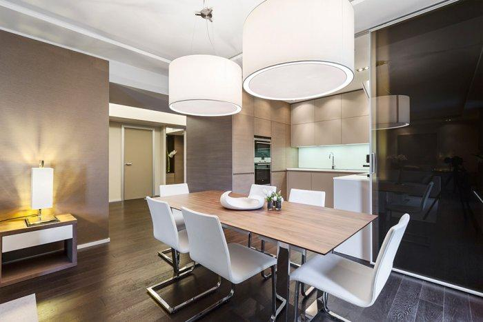 Ultra modern dinning room in warm nuances - Stylish and Elegant Apartment in Monaco