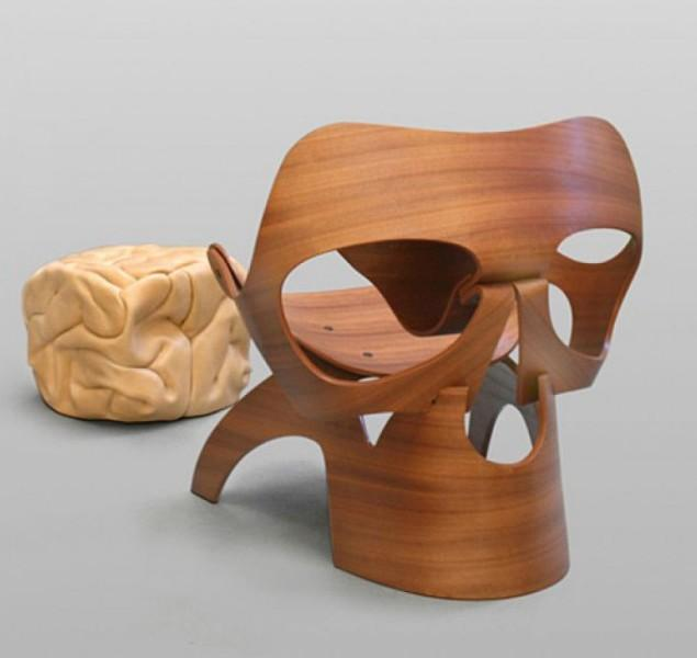 Skull chair by Vladi Rapaport - A Surreal Masterpiece