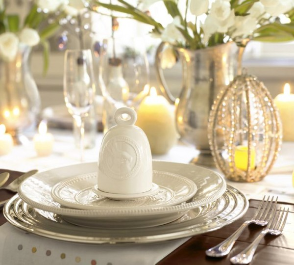Easter meal ready to be served - 44 Home Decoration Ideas for table, living room and door