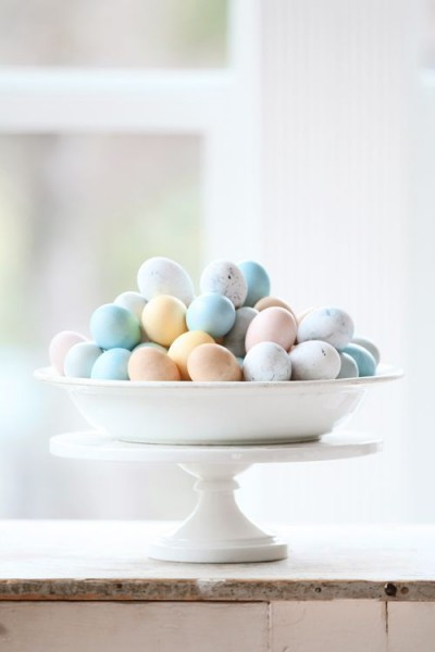 Eastern Eggs decorated with a chic touch– Easter Basket and Eggs Ideas for Decorations in Many Colors