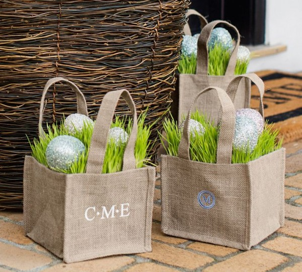 Fresh spring baskets with Easter eggs - 44 Home Decoration Ideas for table, living room and door
