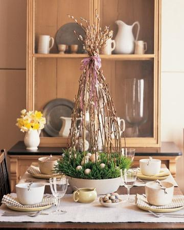 High centerpiece made of tree beanches-Unique, Fresh and Exciting Easter Table Decoration Ideas