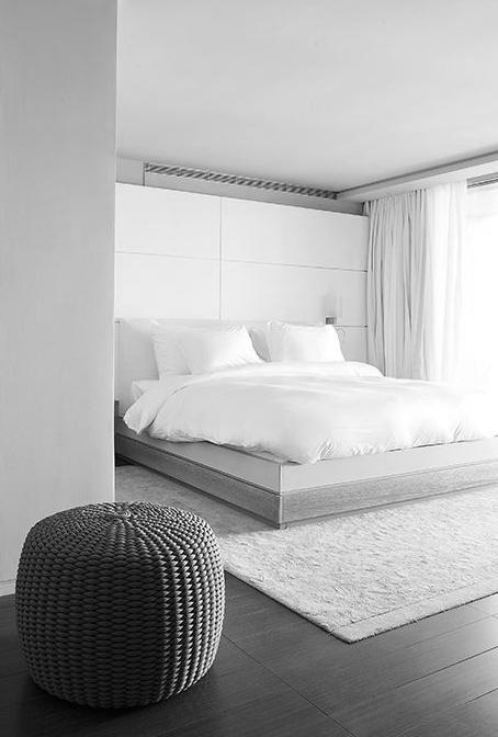 Minimalist bed room design Simplistic grey with white