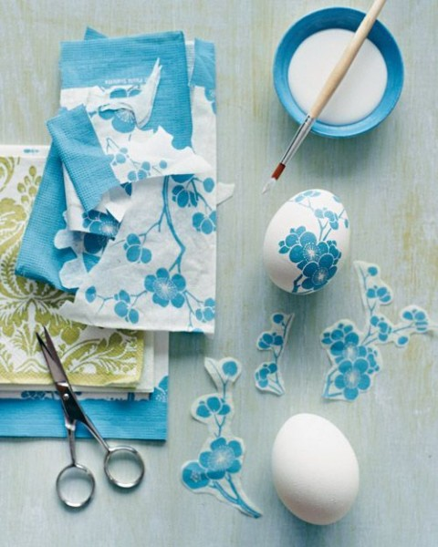 Paper napkin decoupage Easter eggs in blue– Easter Basket and Eggs Ideas for Decorations in Many Colors