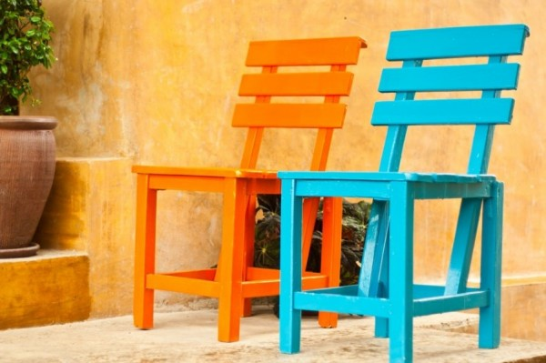 Two sweet colorful outdoor stools-Sweet and Interesting Patio and Garden Furniture Ideas