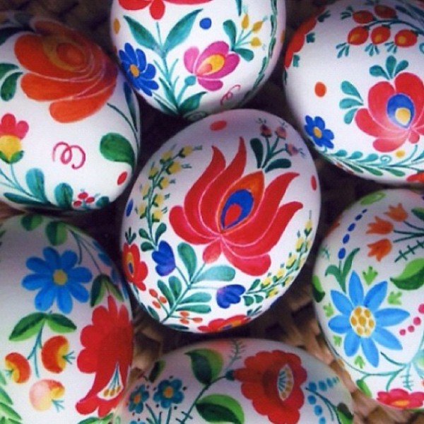 Vibrant Hungarian Easter eggs in various colors– Easter Basket and Eggs Ideas for Decorations in Many Colors